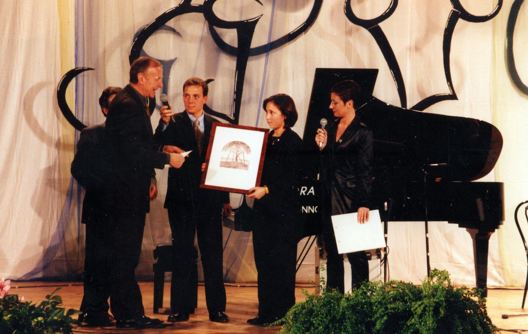 1997.01 Concorso Sara