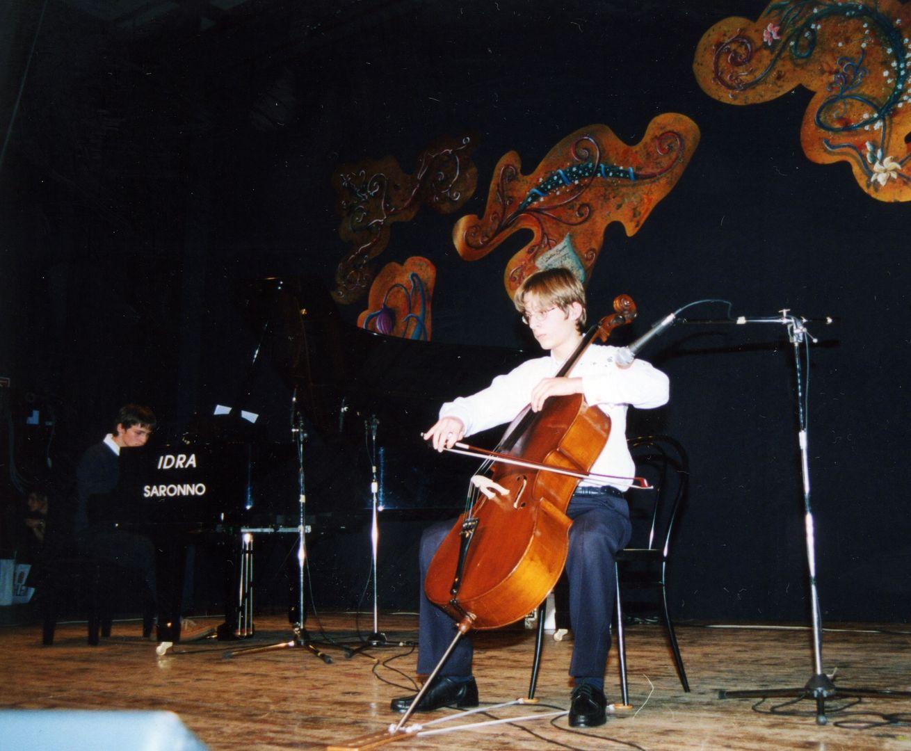 2002.01 Concorso Sara